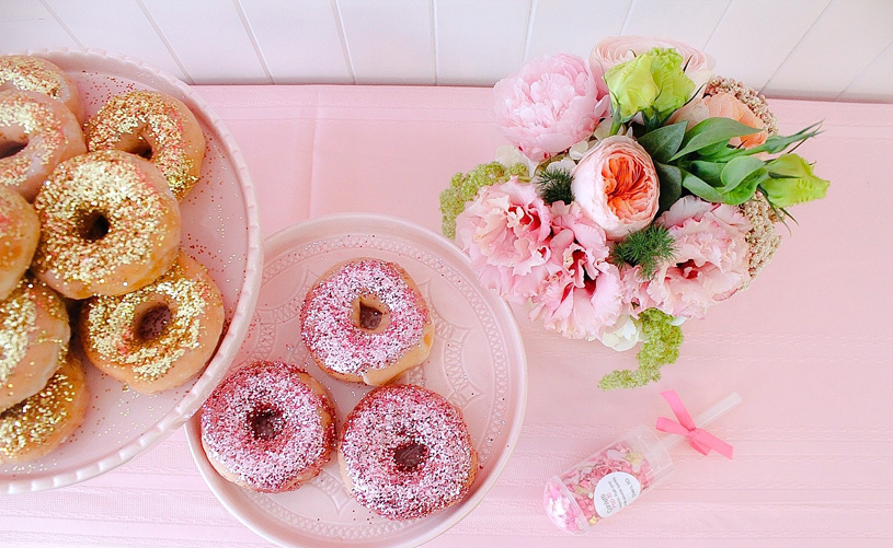 pink-the-town-doughnut-party-6
